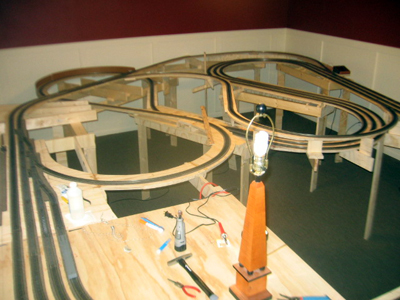 Railroad modelling tips and questions model railway layouts plans Model Train Wiring Basics Model Train Track Block Wiring for Model Railroads on wiring model railroad track